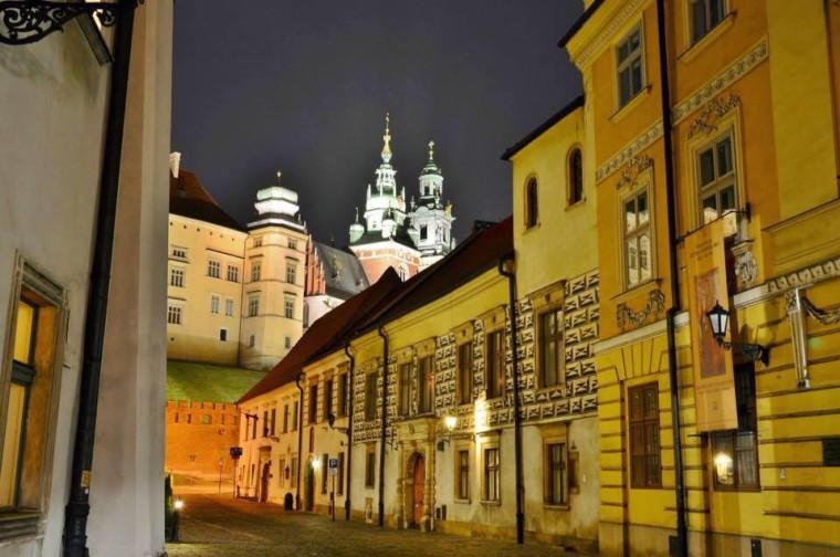 Knonicza i Wawel nocą